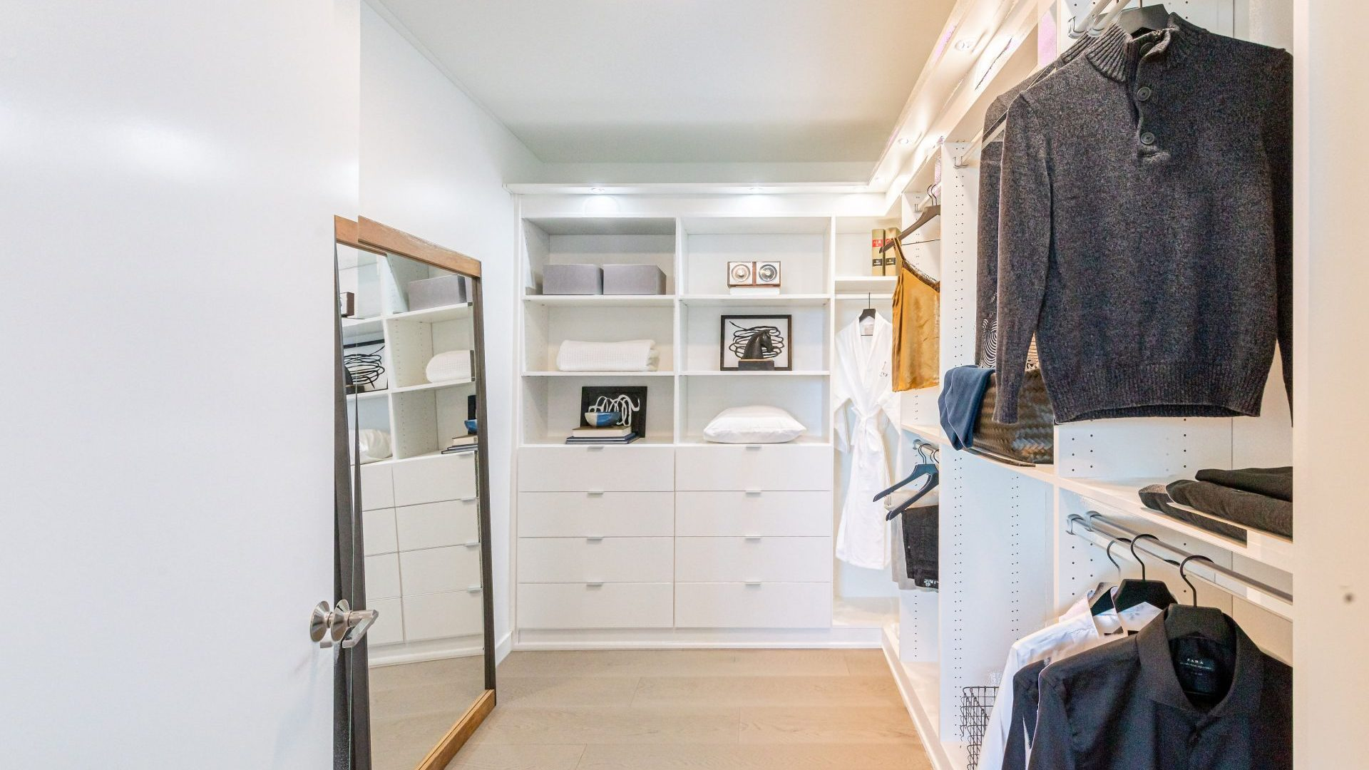 Spacious Apartment Walk-in Closets At Arrivé Apartments in Seattle, WA