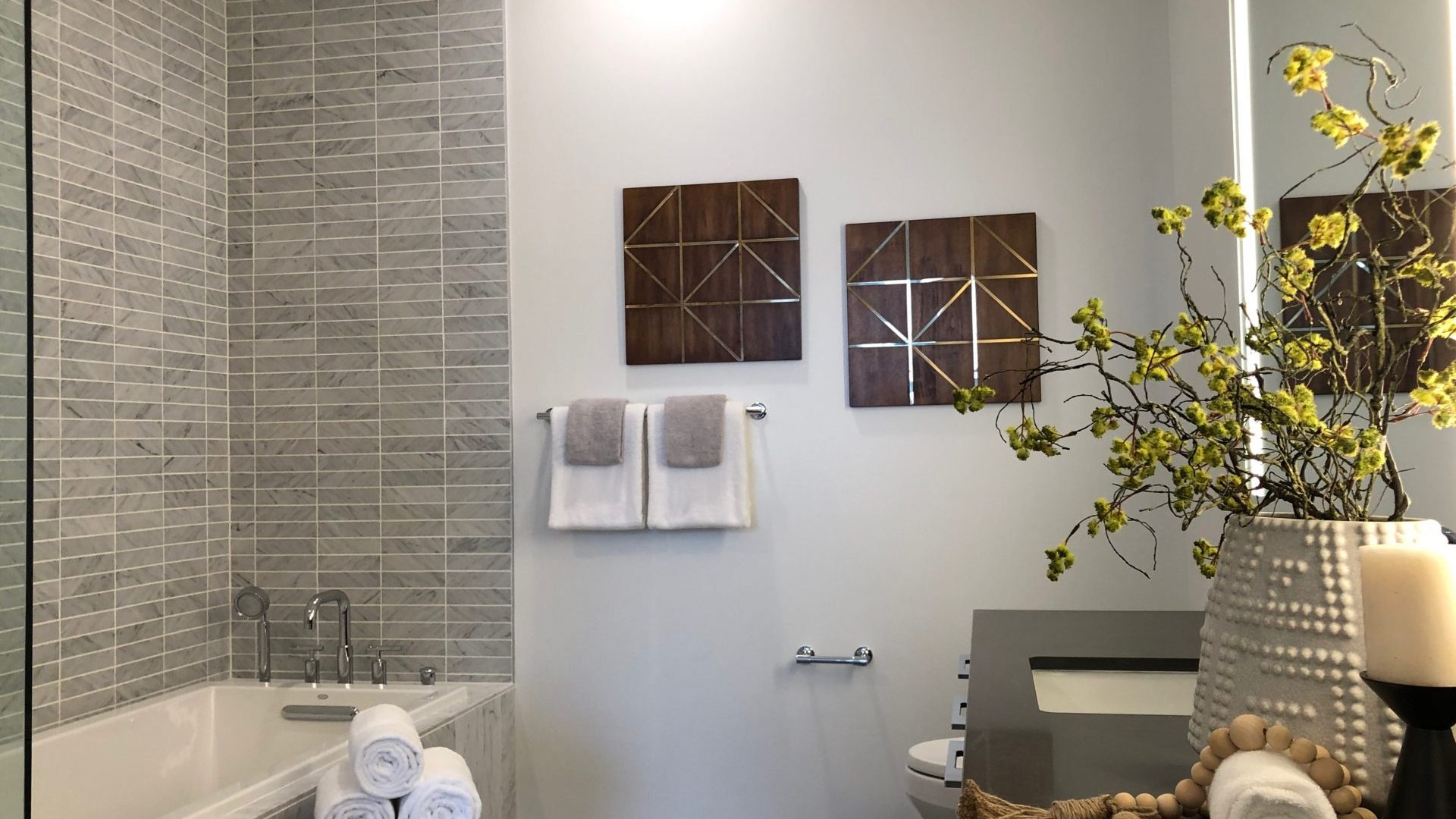 Modern Bathrooms At Arrivé Apartments in Seattle, WA